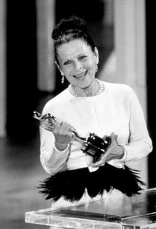 Ruth Gordon, Amerikalı aktris (ÖY-1985)