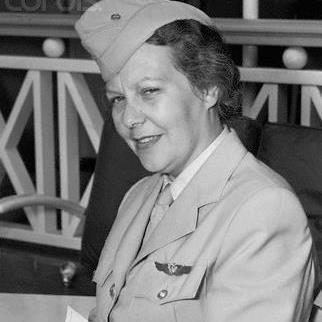 Sabiha Gökçen Ilk Kadın Savaş Pilotu doğdu