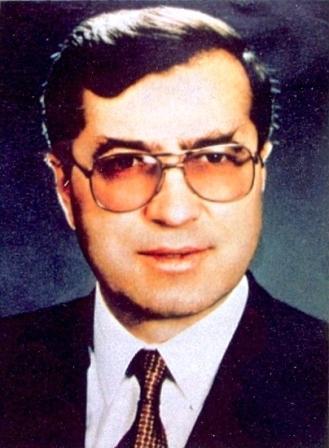 Sadık Ahmet Vefat Etti