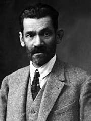 Samih Yalnızgil,dil bilimci. Türk Dil Kurumu ilk başkanı (DY-1875) tarihte bugün