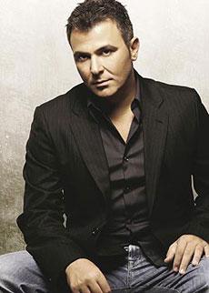 Antonis Remos, Yunan şarkıcı tarihte bugün