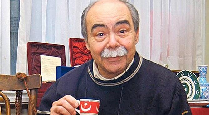 Oyuncu Şefik Döğen 69 yaşında hayatını kaybetti. tarihte bugün