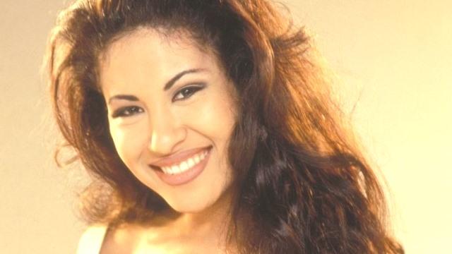Selena Quintanilla Perez Amerikalı şarkıcı (ÖY-1995) tarihte bugün
