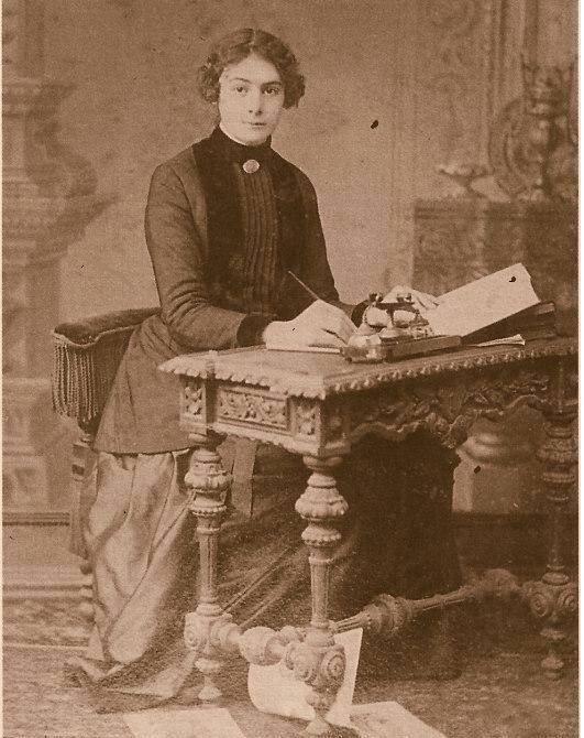 İlk Türk kadın gazeteci Selma Rıza Feraceli doğdu. tarihte bugün