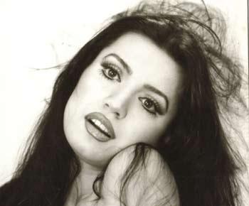Seyyal Taner, şarkıcı ve oyuncu tarihte bugün