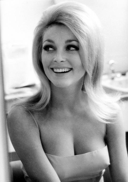 Sharon Tate, Amerikalı oyuncu. (ÖY-1969) tarihte bugün