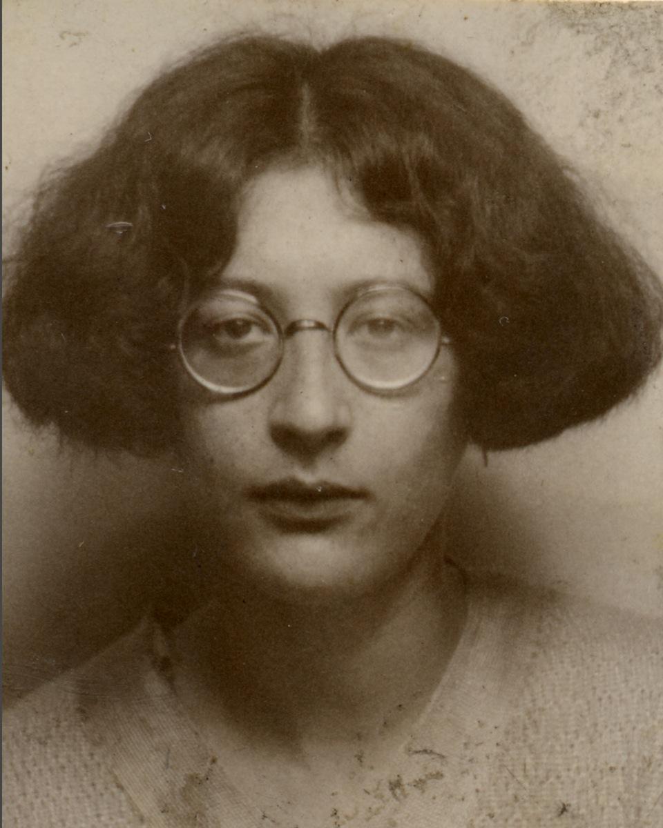 Simone Weil, yazar ve filozof (ÖY-1943) tarihte bugün