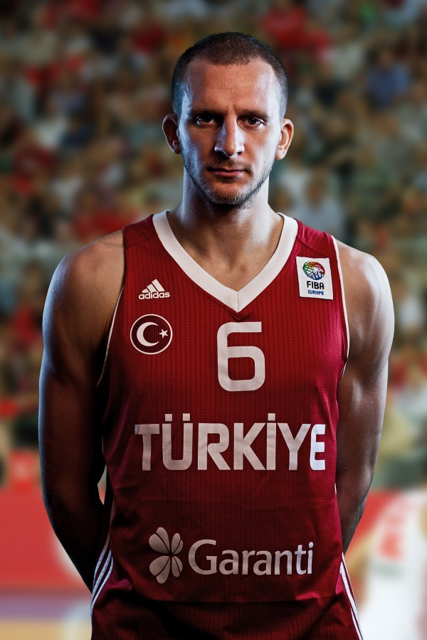 Sinan Güler, basketbolcu tarihte bugün