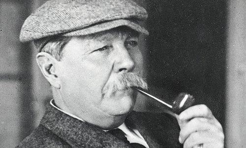 Sherlock Holmes romanlarının yazarı İngiliz doktor ve romancı Sir Arthur Conan Doyle. tarihte bugün