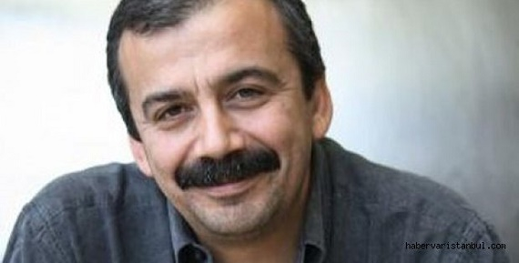 Sırrı Süreyya Önder, siyasetçi tarihte bugün