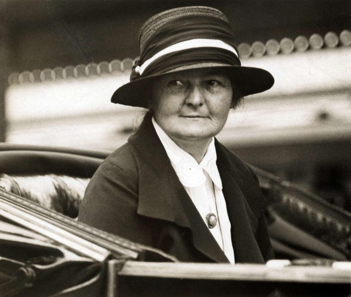 Margaret Bondfield, ingiliz politikacı (DY-1873) tarihte bugün