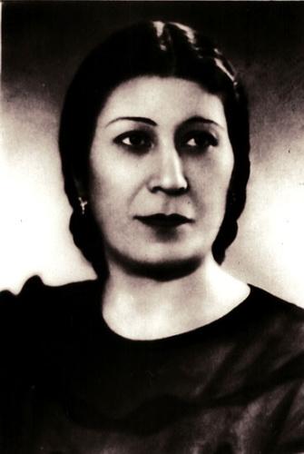 Sona Hacıyeva, Azeri oyuncu (DY-1907) tarihte bugün