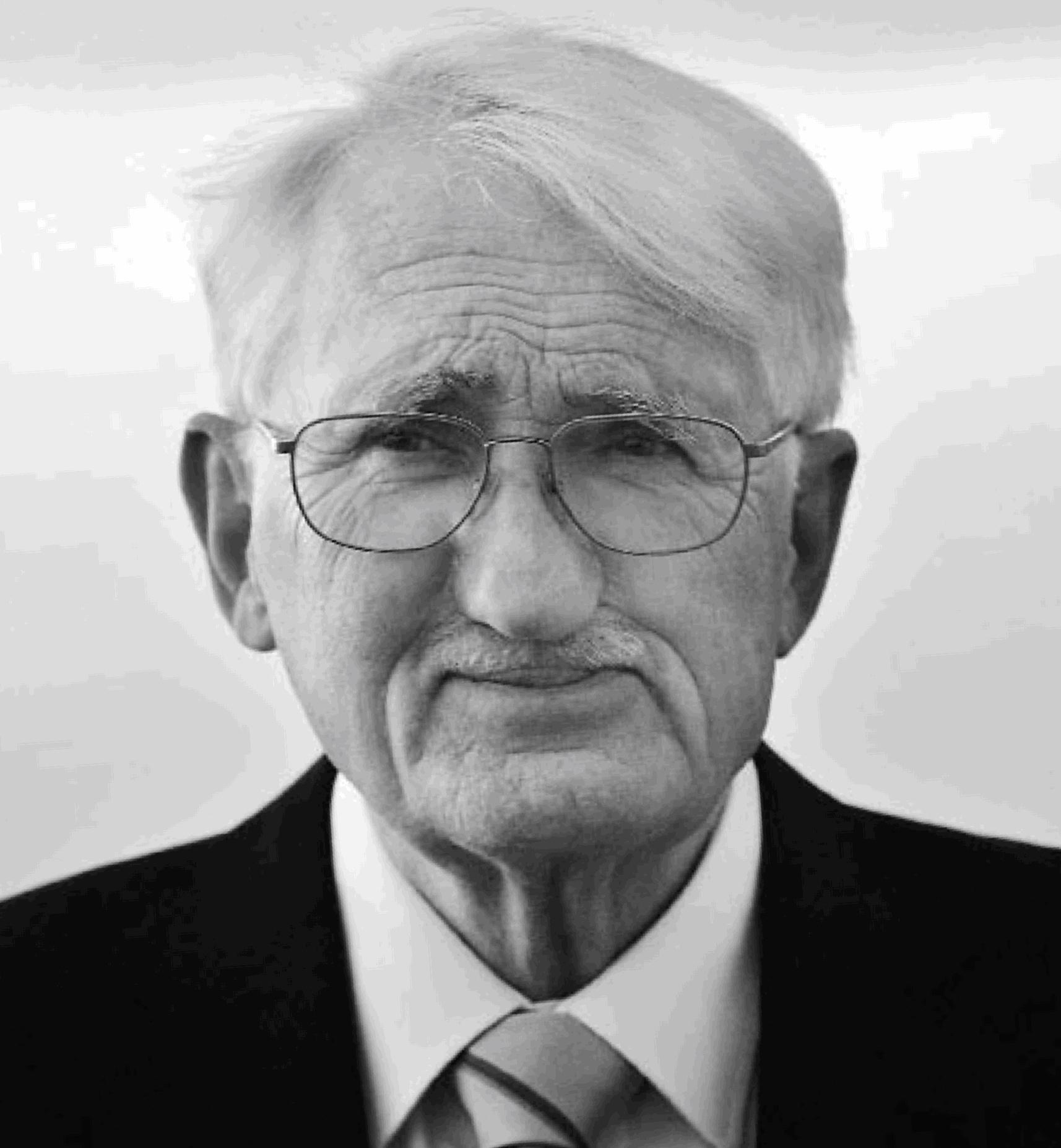 Jürgen Habermas,  Alman felsefeci, sosyolog