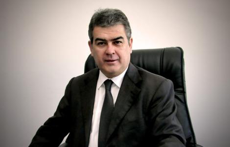 Süheyl Batum partisi chp den ihraç edildi