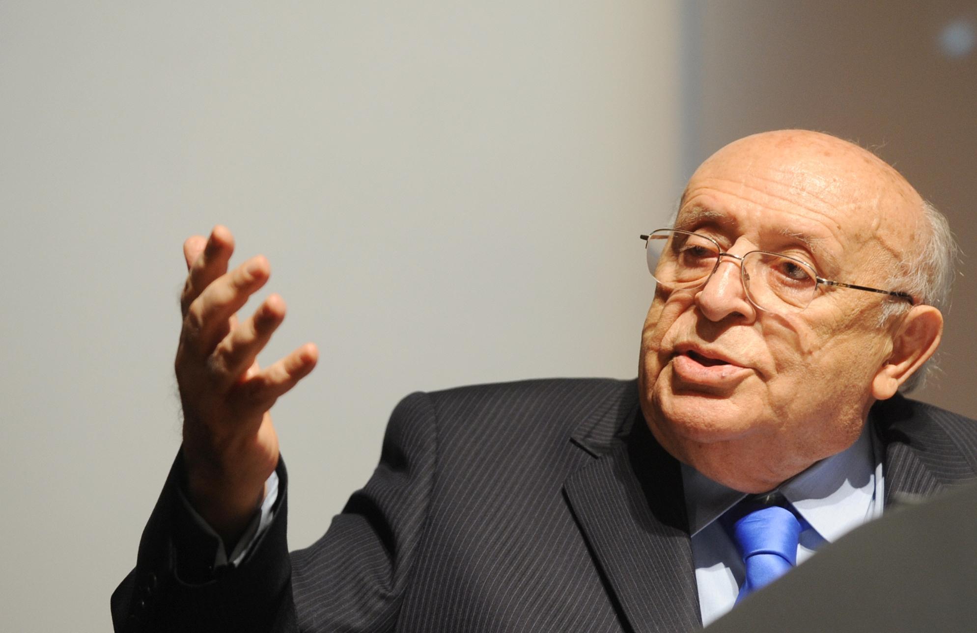 Süleyman Demirel, siyasetçi (ÖY-2015)