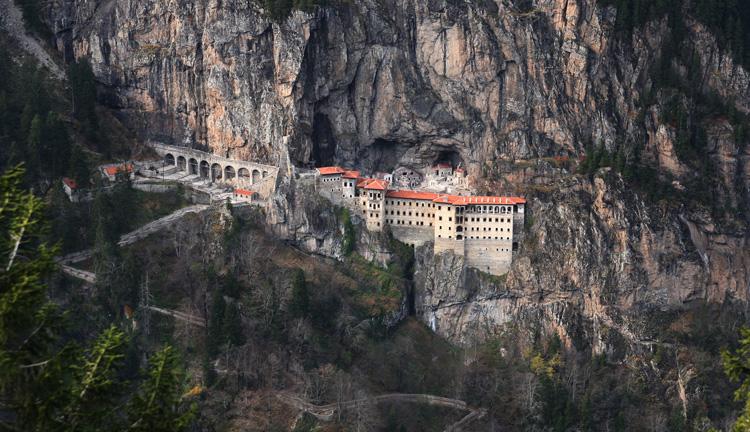 Sümela Manastırı ziyarete kapalı