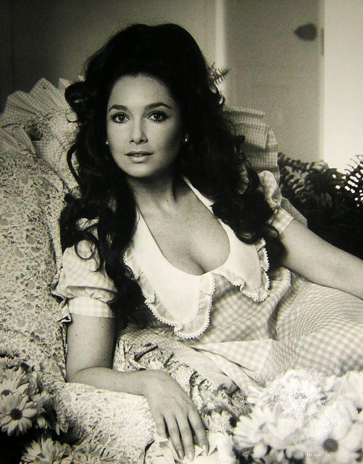 Suzanne Pleshette, aktris (DY-1937) tarihte bugün