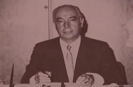 Tekin Arıburun, asker ve siyasetçi (ÖY-1993) tarihte bugün