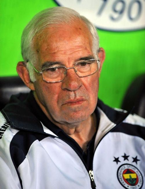 teknik direktör Luis Aragones hayatını kaybetti