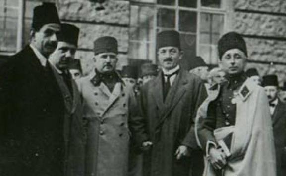 Terakkiperver Cumhuriyet Fırkası kapatıldı. Terakkiperver Cumhuriyet Fırkası Türkiye Cumhuriyeti'nin ilk muhalefet partisiydi. tarihte bugün