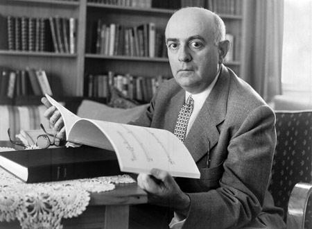 Theodor W.Adorno, Alman filozof, sosyolog, müzikolog ve kompozitör. (ÖY-1969) tarihte bugün