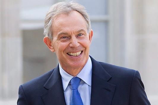 Tony Blair, ingiltere Başbakanı tarihte bugün