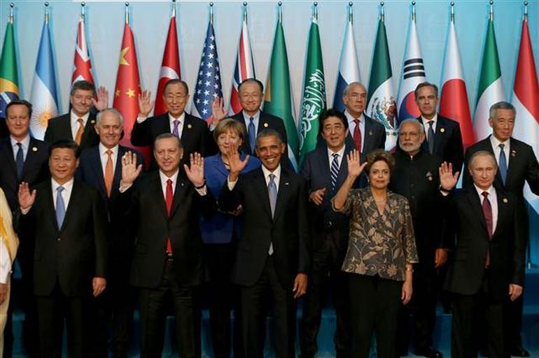 Dünyanın en büyük 20 ekonomisini temsil eden ülke liderleri Türkiyede. G20 zirvesi Türkiyede yapıldı. tarihte bugün