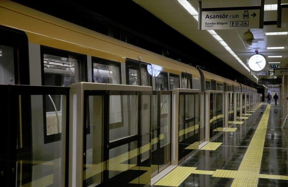 Türkiyenin Ilk Sürücüsüz Metro Hattı Açıldı