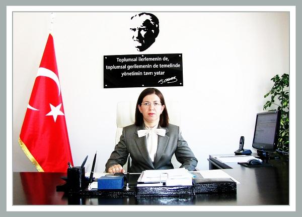 Türkiye'nin üçüncü kadın valisi Yasemin ÖZATA Sinop'a atandı. tarihte bugün