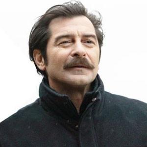 Uğur Polat, tiyatro, sinema ve dizi oyuncusu tarihte bugün