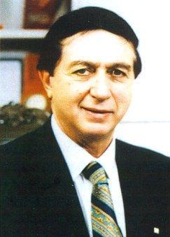 Üzeyir Garih, işadamı, yazar cinayete kurban gitti(DY-1929) tarihte bugün