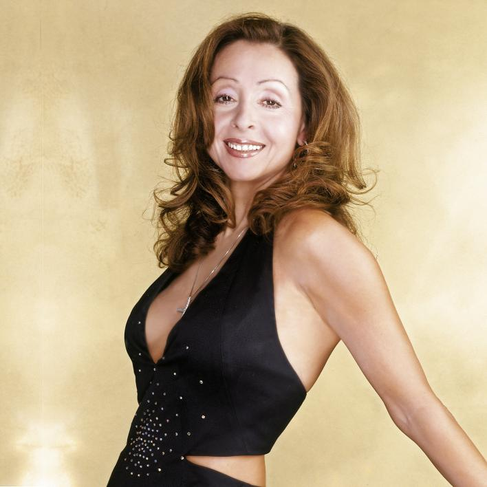 Vicky Leandros, Yunan şarkıcı, politikacı tarihte bugün