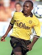 Victor Ikpeba, Nijeryalı futbolcu tarihte bugün
