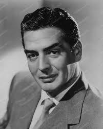 Victor Mature, Amerikalı aktör (DY-1915) tarihte bugün