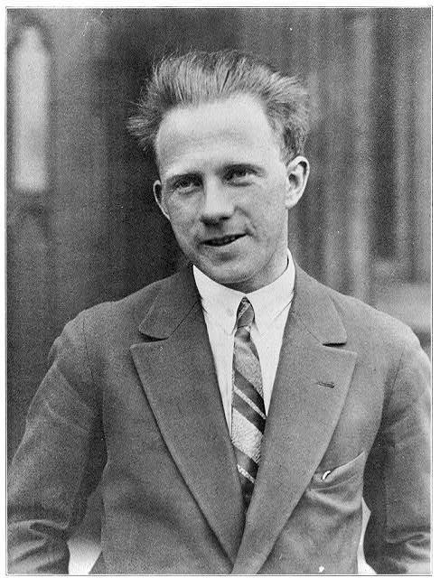 Werner Heisenberg, Alman fizikçi, Nobel Fizik Ödülü sahibi (DY-1901) tarihte bugün