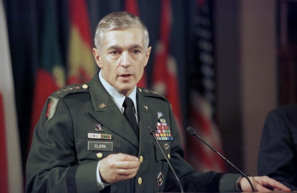 Wesley Clark, Amerikalı asker ve siyasetçi tarihte bugün