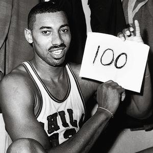 Wilt Chamberlain, Amerikalı basketbolcu tarihte bugün