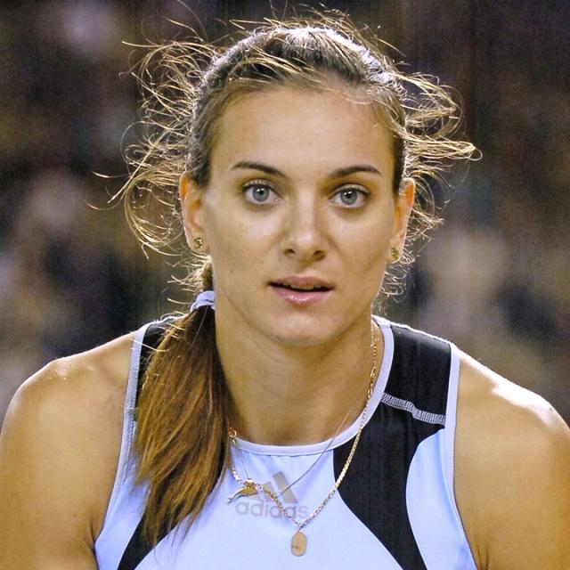 Yelena Isinbayeva, sporcu, Rus sırıkçı tarihte bugün