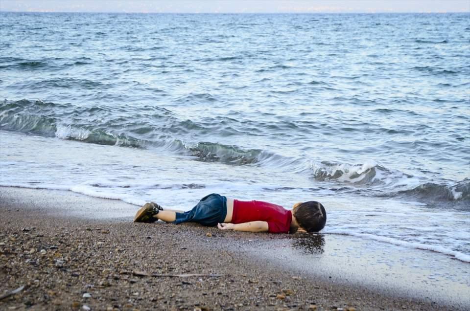 Yılın Basın Fotoğrafı ve Yılın Haber Fotoğrafı ödülü Aylan Bebek