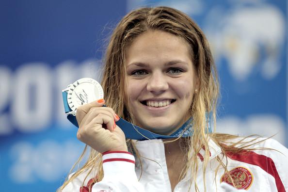 Yuliya Efimova, Rus, rekortmen yüzücü