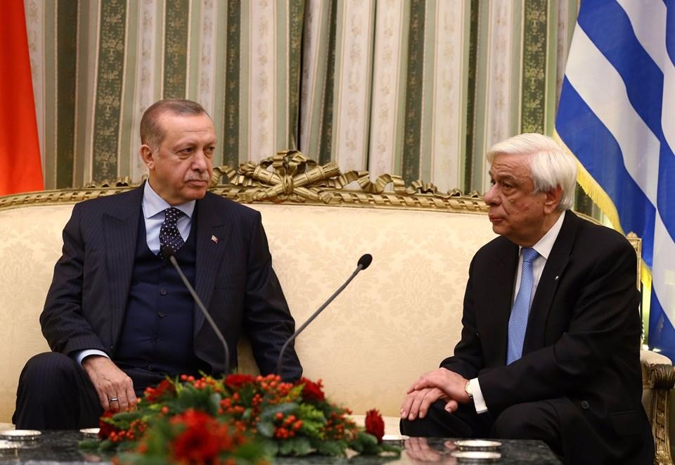Cumhurbaşkanı Recep Tayyip Erdoğan, Yunanistan'ın başkenti Atina'ya gitti. Cumhurbaşkanı düzeyinde 65 yıldır bu ülkeye ziyaret gerçekleşmiyordu. tarihte bugün