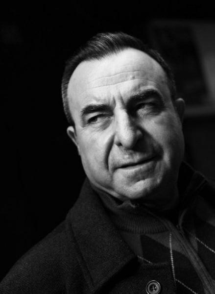 Zafer Ergin, tiyatro oyuncusu