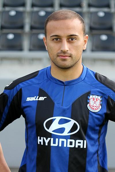 Zafer Yelen, futbolcu